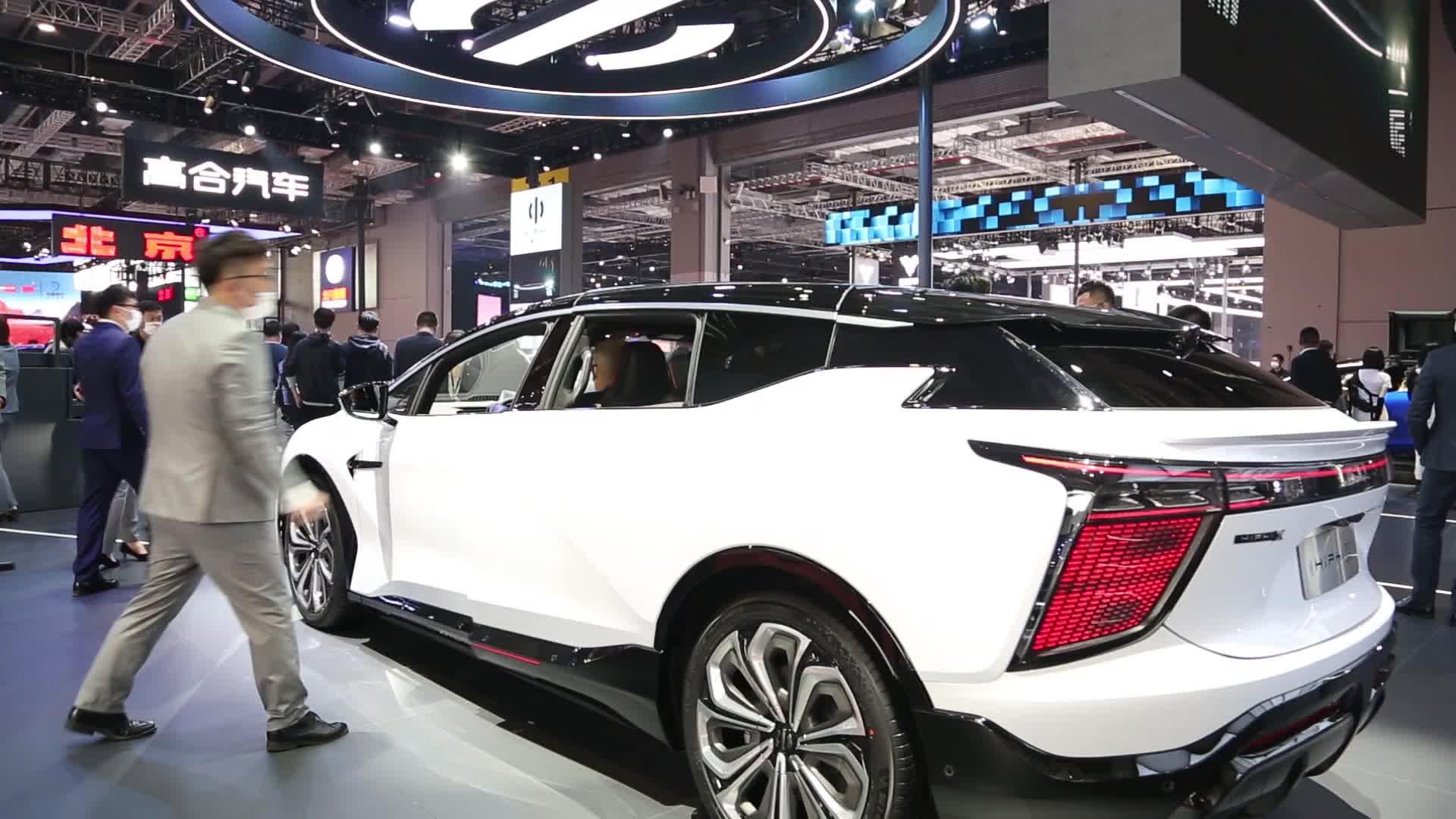 高合汽车携HiPhi X四款新车型亮相上海车展
